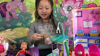 Barbie deliver babies toys play | Zandra Toy Review