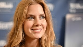 Amy Adams on Denis Villeneuve