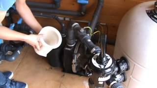 Comment Nettoyer le Préfiltre d'une Pompe Filtration Piscine ?