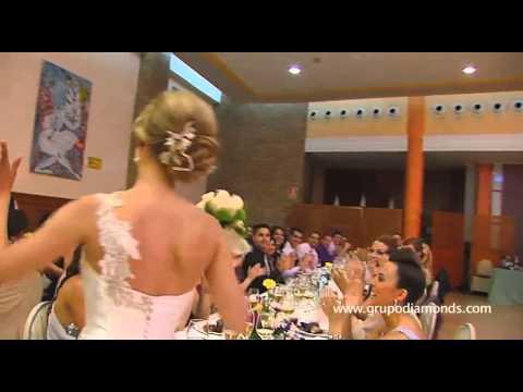 Canciones para entregar el ramo nupcial. Musica para mi boda. Musica ramo boda. Canciones ramo novia