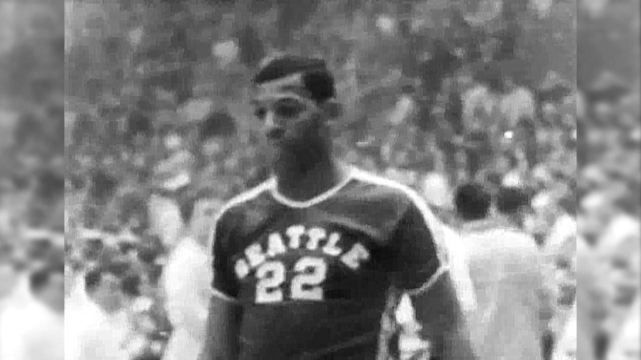 Elgin Baylor 25pts 17reb 1958 Seattle vs Kentucky NCAA