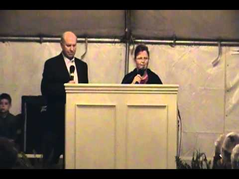 Glory Barn - Bro. & Sis. Birdsong singing 'The Blood Says You Can'