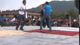 Peleas reales extremas en Chivarreto Sn Fco. el Alto Guatemala 2012