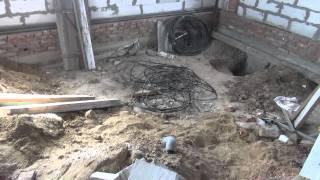 видео Уклон канализации: как рассчитать  минимальный угол трубы  для наружной, внутренней и ливневой
