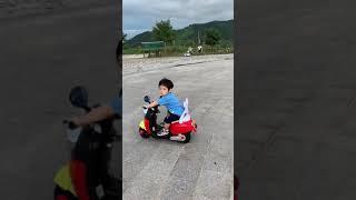 [아들+성장일기] 미키마우스 바이크와 산책