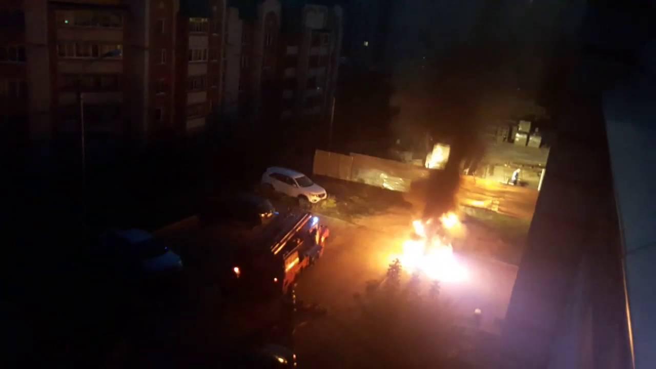 Lifan x60 сгорел на улице Мате Залка