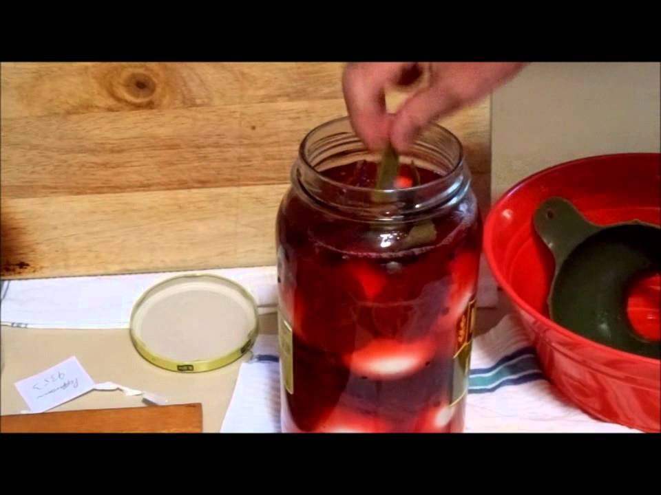 how to make pickled eggs without vinegar