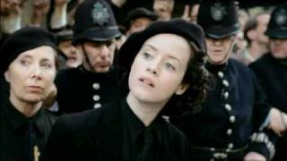 Upstairs Downstairs 2010 Lady Persie - Claire Foy