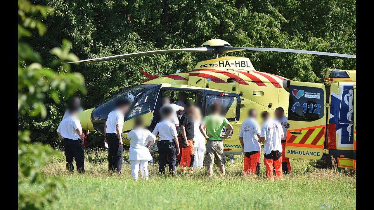 Ablakon kiesett kislányt szállít el mentőhelikopter Kőszegről