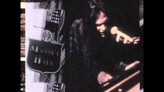 Neil Young Live At Massey Hall: There