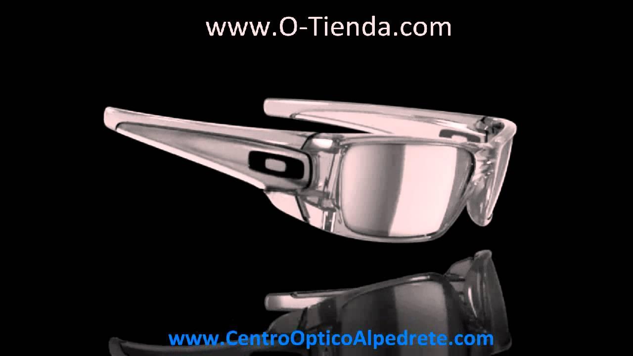 ca1bef12b6b Oakley Fuel Cell Grey Smoke   Black Iridium (OO9096-54) - YouTube