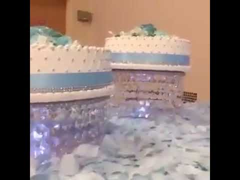 chandelier-crystal-cake-stand