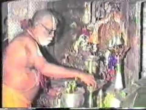 Sri Mukkur Azhagiyasinger- Thiruvarathanam- Inspecting Gopura Nirmanam- visual