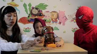 Bật mí bộ đồ chơi trẻ em chó gặm xương cùng chị Nhi Nhím💗Đồ chơi trẻ em