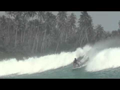 Leonardo, Miranda, surf, session, Hash, Island, left, Secret, Nias, July, 2011
