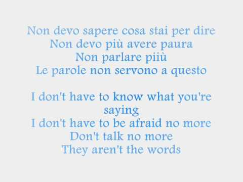 Britney Spears - Strangest Love - testo e traduzione