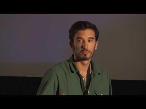 O vício da tecnologia | Sérgio Gomes | TEDxFCTUNL