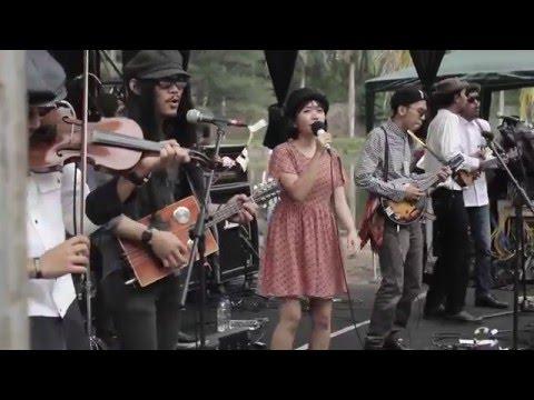 DOLL (Diary Of Littlelute) - Folk Music Festival Malang 2016
