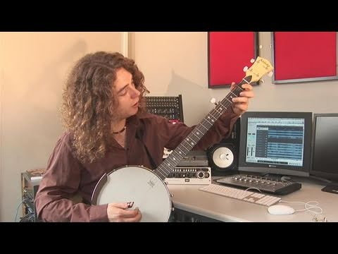 How To Play C, F And G7 Banjo Chords