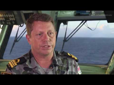 Super Stallion helicopter trials on HMAS Canberra