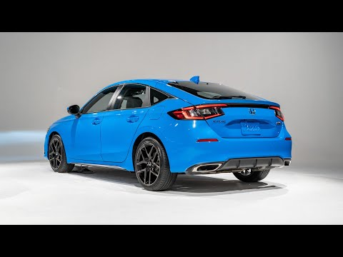 2022 Honda Civic Hatchback FIRST LOOK  -- MotorTrend