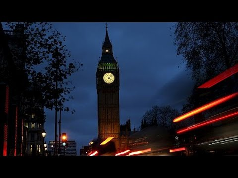 يورو نيوز: الحكومة البريطانية تحيل اقتراح الضربات الجوية في سوريا إلى البرلمان