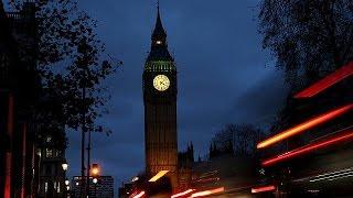 الحكومة البريطانية تحيل اقتراح الضربات الجوية في سوريا إلى البرلمان