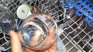Видео обзор посудомоечной машины Indesit DVLS 5(узкая, отдельно стоящая, на 10 комплектов, класс мойки A, 5 программ, конденсационная сушка, защита от протечек..., 2015-05-22T13:10:45.000Z)