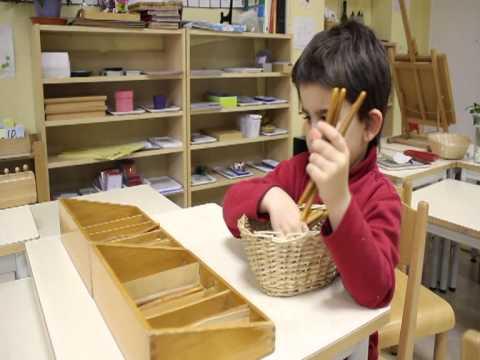 Une journ e la maison des enfants montessori du pr for Alan stivell journee a la maison