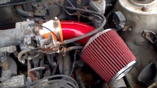 Het installeren van een Aangepaste luchtinlaat op een Toyota Corolla