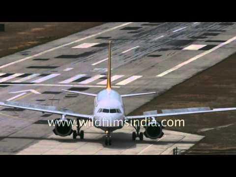 A319 Airbus lands at treacherous Paro Airport, Bhutan: slow motion