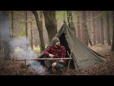 Solo Bushcraft Overnight - Swedish Axe, Canvas Lavvu, Wool B