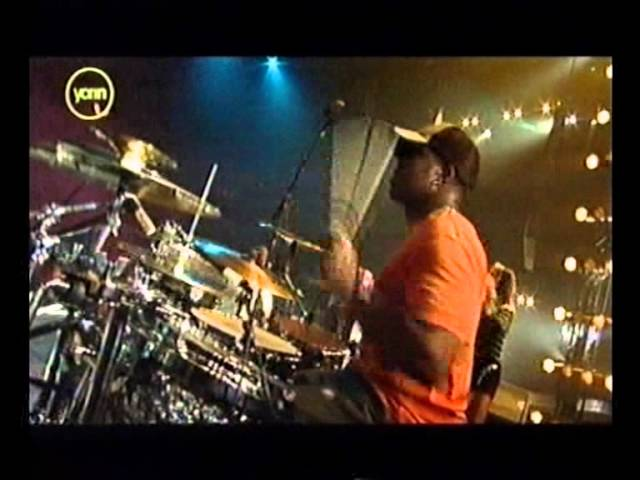 pnk-dont-let-me-get-me-live-pepsi-chart-show-2003-bestoflivevideos