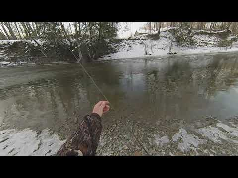 December Steelhead Fishing Conditions - Slush And Skim Ice