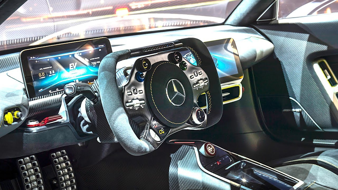 mercedes amg project one interior video in detail new amg p1 interior carjam tv hd driiive tv. Black Bedroom Furniture Sets. Home Design Ideas