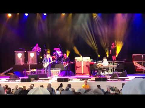 Joe Bonamassa 'Just Cause You Can' - Vina Robles Amphitheatre 7/28/18