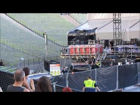 """Axl Rose"" & ""Slash"" -Ankunft Olympiastadion München !!"