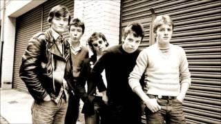 The Undertones - The Way Girls Talk (Peel Session)