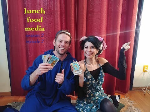 lunch food media - s2e2 - Cloro Gives a Reading