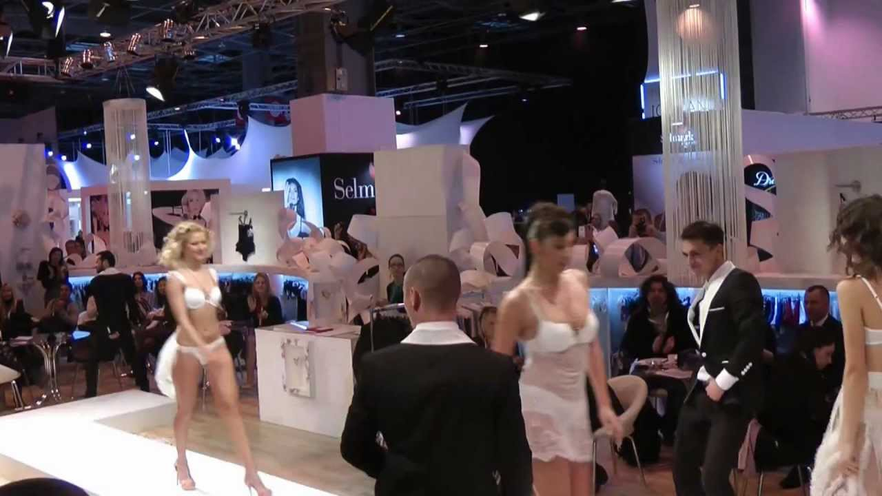2013 01 Paris Messe Lingerie Swetlana