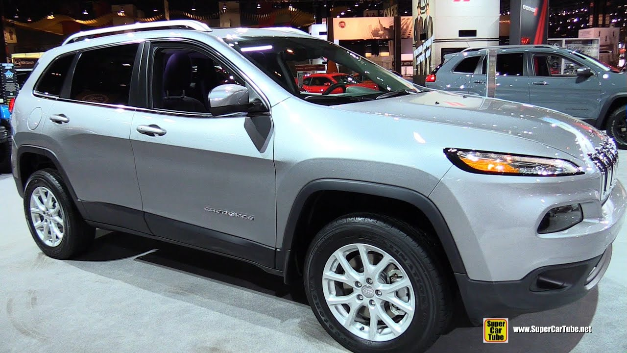 2015 jeep cherokee latitude 4wd exterior and interior walkaround 2015 chicago auto sh youtube. Black Bedroom Furniture Sets. Home Design Ideas