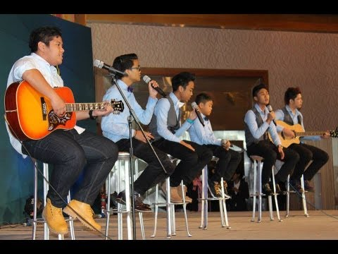 The Young Bros - Cenderawasih (LIVE)