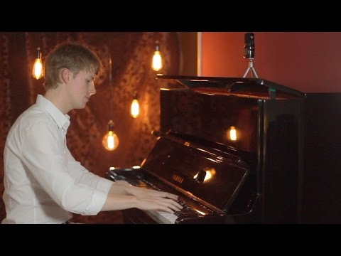 Piano | Harrie Mayenne - Not a care in the world (Original)