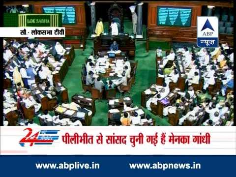 Maneka Gandhi greets Sonia Gandhi in Lok Sabha