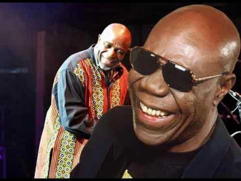 Ray Lema feat Manu Dibango - africa music.