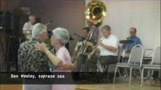 """Fourth Street New Orleans Jazz Band plays """"Sunny Side of the Street"""""""