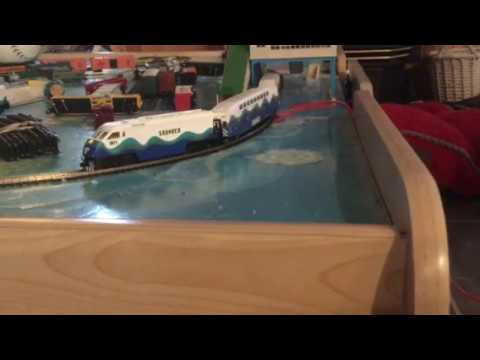 Athearn n scale F9PHI Sounder #901