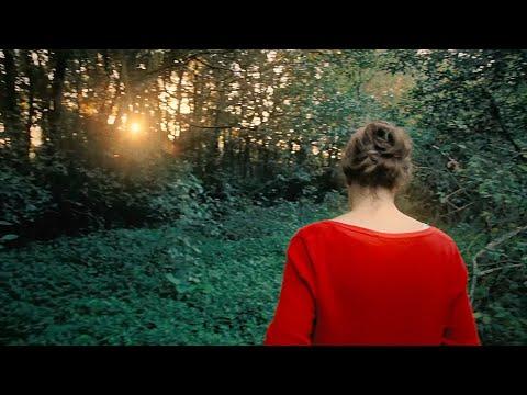 Nadia Schilling — Green Leaves