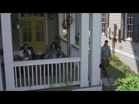 Negan, l'ange solitaire de passage à Alexandria - The Walking Dead sur Town Called Malice (The Jam)