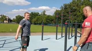 Новая серия роликов об упражнениях. Начали с кипинга в отжиманиях